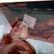 Úřady odhalily nelegální chov drůbeže. Rizikové maso se prodávalo na trzích v Praze