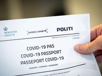Kvíz: Kde budou platit covid pasy a kdo je dostane? Vyzkoušejte si, co o nich víte