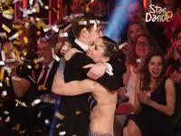 Desátá řada StarDance má vítěze: uspěla Veronika Khek Kubařová a Dominik Vodička