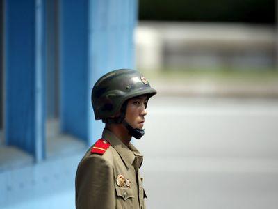 Severokorejský voják překročil nejstřeženější hranici světa a přeběhl do Jižní Koreje