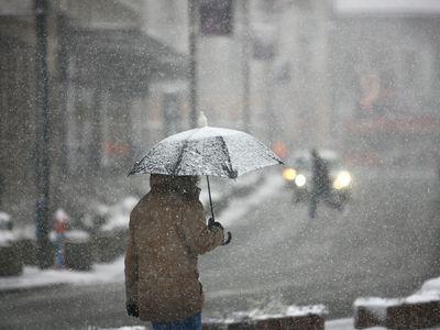 O víkendu se mírně oteplí, ale bude pršet. Příští týden spadnou teploty na minus sedm