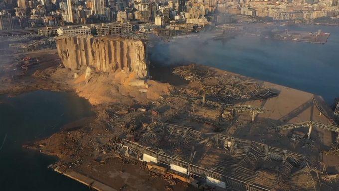 Libanon hledá viníky výbuchu v přístavu, ve vazbě už je šestnáct lidí