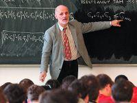 Podle studie jsou učitelé nejhůře placenými vysokoškoláky