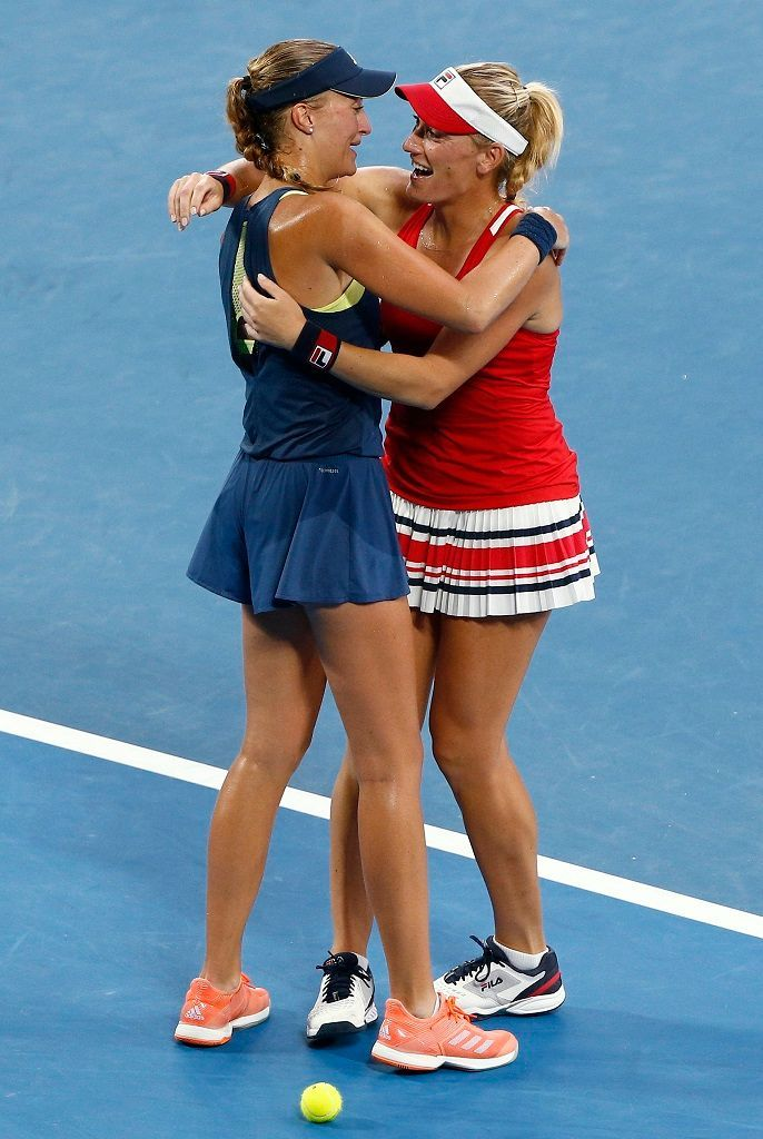 Kristina Mladenovicov A Timea Babosov Na Australian Open 2018