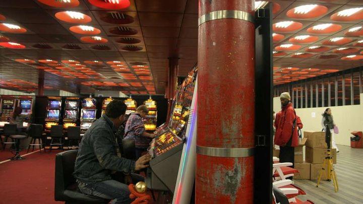 Babiš jde tvrdě proti hazardu: vyšší daň a další omezení