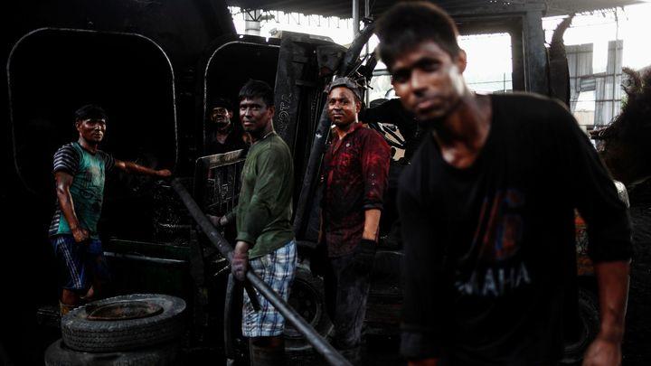 indické kouření videa