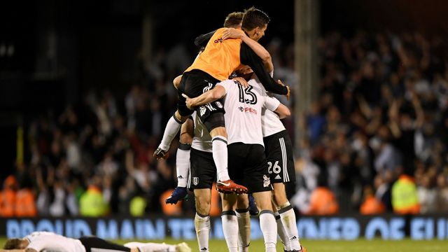 Fulham bude hrát o postup do Premier League.