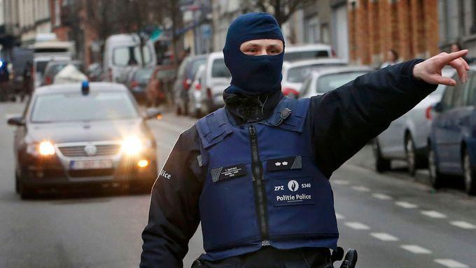 připojte se k policistovi