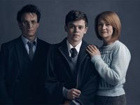 """Harry Potter zestárnul a tíží ho """"prokleté dítě"""". Autoři ukázali, jak vypadá jeho rodina"""