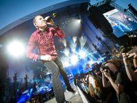 Prokřičel si cestu životem. Chester Bennington z Linkin Park byl hlas středoškoláků nultých let