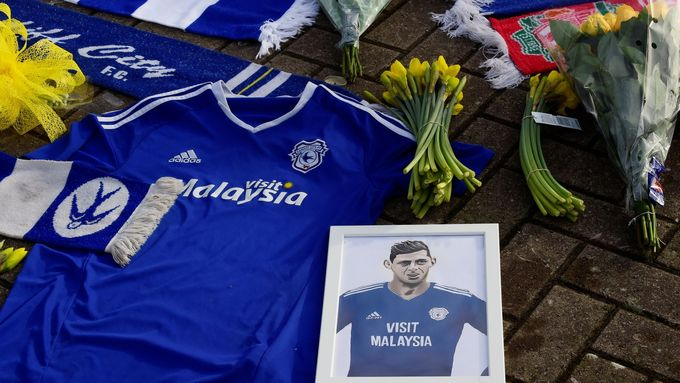 Soccer Football - Cardiff City - Cardiff City Stadium, Cardiff, Britain - January 23, 2019   General view of tributes left outside the stadium for Emiliano Sala  REUTERS/