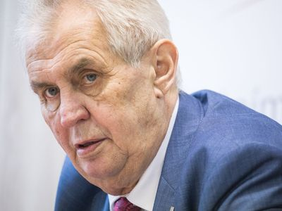 V prvním kole volby prezidenta by podle průzkumu pro ČT vyhrál jasně Miloš Zeman