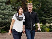 Facebook tleská Zuckerbergovi. Přiznal tři potraty své ženy