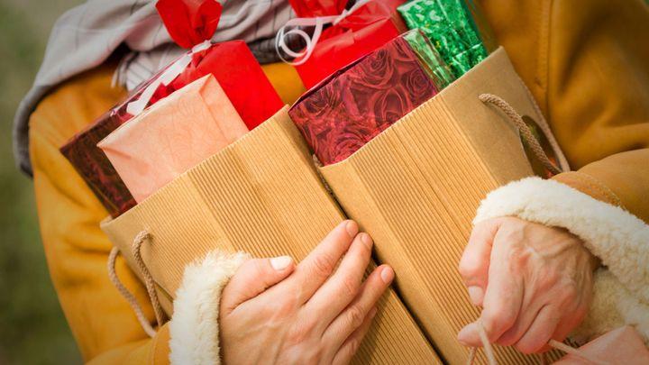 Pozor na reklamy na internetu. Můžou prozradit vánoční dárky