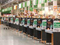Proč zítra zavřou velké obchody? Čtenářům odpovídala žena, která prosadila zákaz prodeje