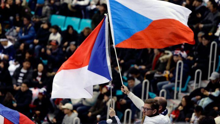 Česká vlajka na hokejovém turnaji znovu vlála vysoko. Vítězná mise ve skupině byla dokonána