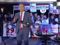 Lidé by proti Zemanovi volili i Rumburaka, řekl Klaus u Soukupa. Stížností na nevyváženost přibývá