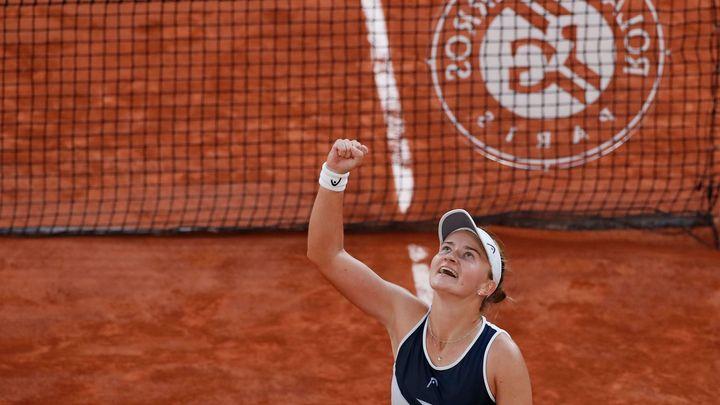 Krejčíková bude usilovat o dva poháry. Se Siniakovou je v Paříži i ve finále čtyřhry; Zdroj foto: Reuters