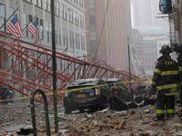 Pád jeřábu v centru New Yorku zabil Čecha s titulem z Harvardu