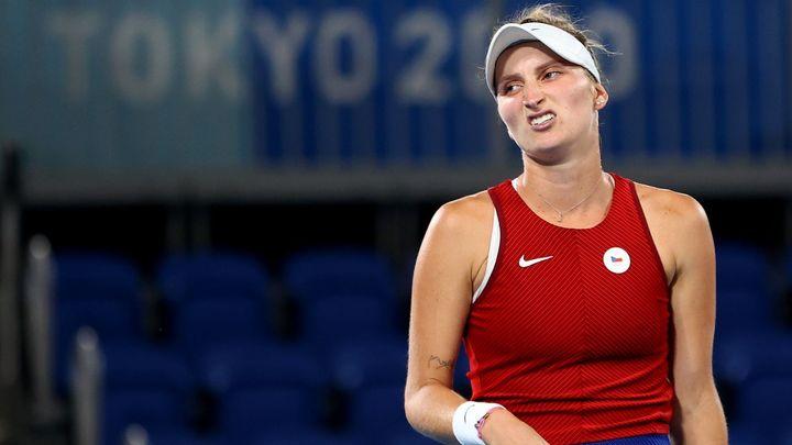 Vondroušová vzdala v Chicagu semifinále, Peschkeová má na dosah 36. titul v deblu; Zdroj foto: Reuters