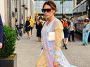 Oblečte se podle Victorie Beckham: Vsaďte na minimalistický styl