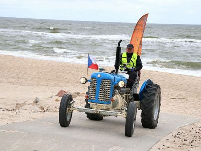 Odvážný cestovatel jede se svým 69 let starým zetorem do Švédska. Bude to zatěžkávací zkouška, říká