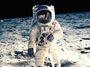 1969: Člověk na Měsíci. 2018: Trump krůčkem pro USA a obřím skokem pro Rusko