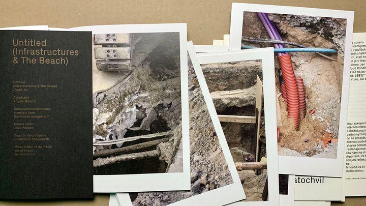 Úvahy nad výkopy. Umělec Alt fotografoval potrubí a kabely, vydal o tom knihu; Zdroj foto: archiv Lucie Drdova Gallery