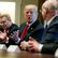 Trump ve čtvrtek oznámí sankce proti Číně, sdělil Bílý dům