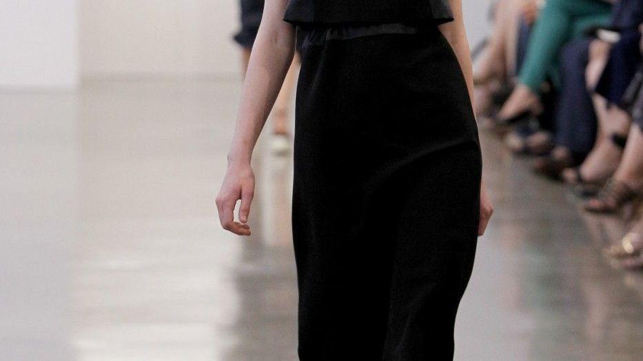 b7aac8a7a Módní návrhář Calvin Klein je ztělesněním typického amerického snu, kdy se  z chudého chlapce stal bohatý a světově úspěšný muž.