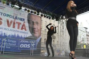 Czech EP election rallies: Bands, balloons and sexy dancers