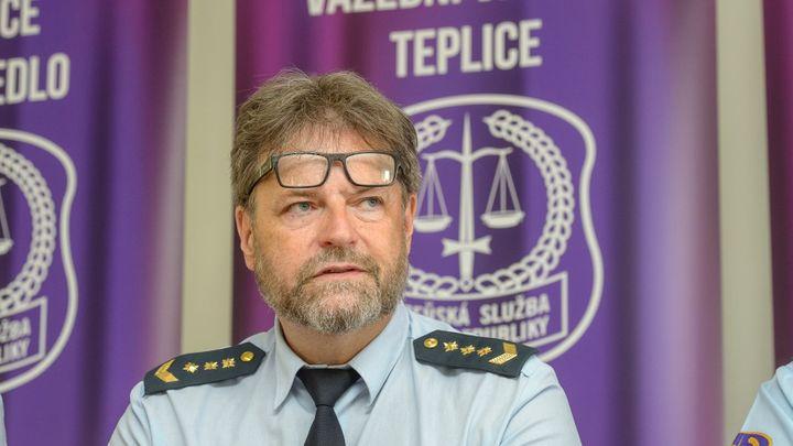 Kvůli účasti na Bendově oslavě končí ředitel teplické věznice Petr Blažek