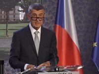 Babiš odvolal ministra dopravy Kremlíka kvůli tendru na dálniční známky