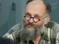 Vrazi jsou dost často slušní lidé, říká bývalý kněz z Valdic