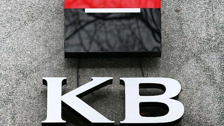 Komerční banka zvýšila dividendu. Vyplatí 310 korun na akcii