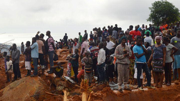 Sierra Leone hlásí už 400 mrtvých, mezi nimi je přes 100 dětí. Další stovky lidí se pohřešují