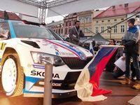 Kopecký první den Valašské rallye vyhrál všechny erzety, vede o půl minuty