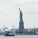 Evakuace sochy Svobody v New Yorku. Balíček vyvolal obavy