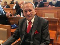 Šéf Senátu Kubera obnoví tradici novoročních projevů, Zeman znovu promluví na Vánoce