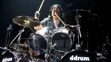 Zemřel bubeník Pantery Vinnie Paul. Kapelu zakládal s bratrem, kterého zabil na pódiu šílený střelec