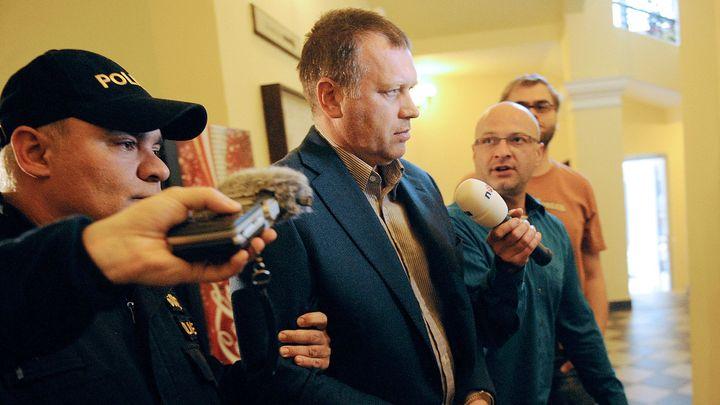 Čtyři roky vězení pro bývalého náměstka Šišku platí, soud všechna dovolání zamítl