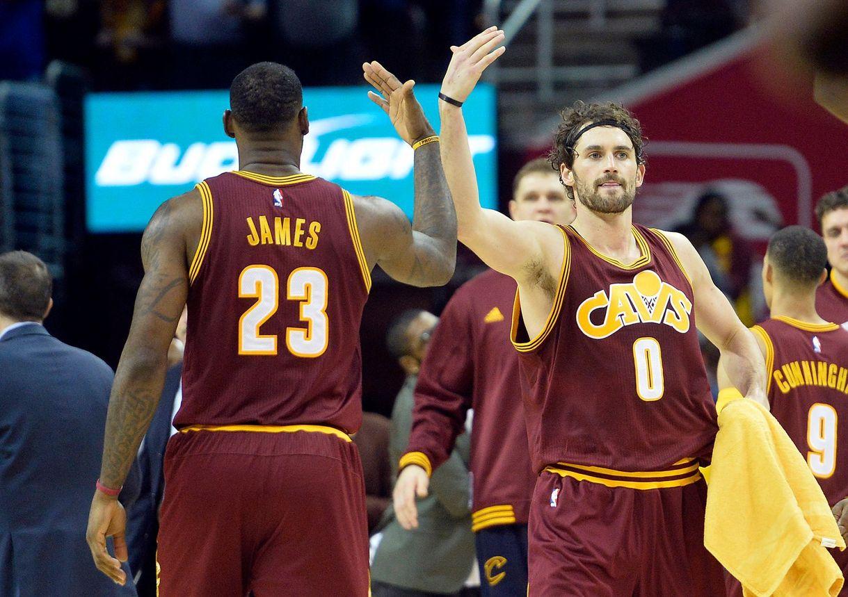 48d3657e3 NBA  Oklahoma City Thunder vs. Cleveland Cavaliers  Lebron James ...