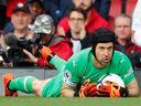 Skvělý Čech. První nulou v sezoně pomohl Arsenalu k výhře 2:0 nad Evertonem