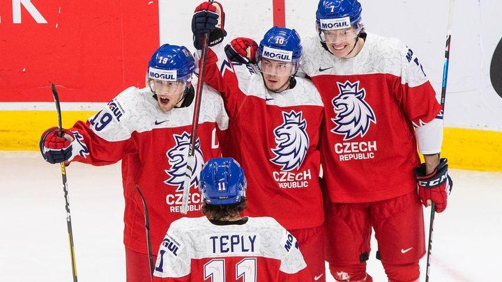 Dva blbé góly, jinak nebyl rozdíl. Jsme hrdí, hlásí vyřazení Češi. Chválil je i Pešán