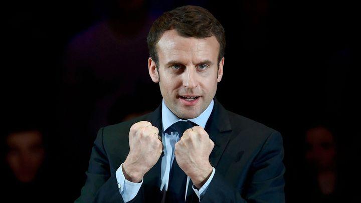 """""""Černému koni"""" francouzských prezidentských voleb dochází dech. Macron musí znovu rozjet kampaň"""