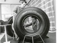 Foto: Barum má narozeniny. Unikátní fotky mapují začátky gumárenského gigantu z Česka
