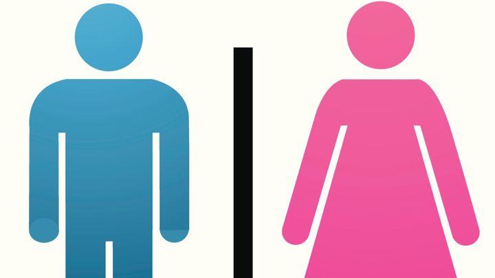 Toalety gay sex videa