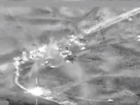 Bomby decimují konvoj prchajících bojovníků Islámského státu. Video z masivního leteckého úderu