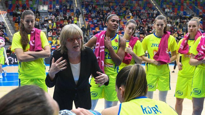 Rozhoduje síla. Basketbal žen už se blíží mužskému, říká dlouholetá trenérka USK; Zdroj foto: ČTK