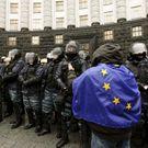 Cár papíru? Dohoda ušetří Ukrajině 500 milionů eur ročně